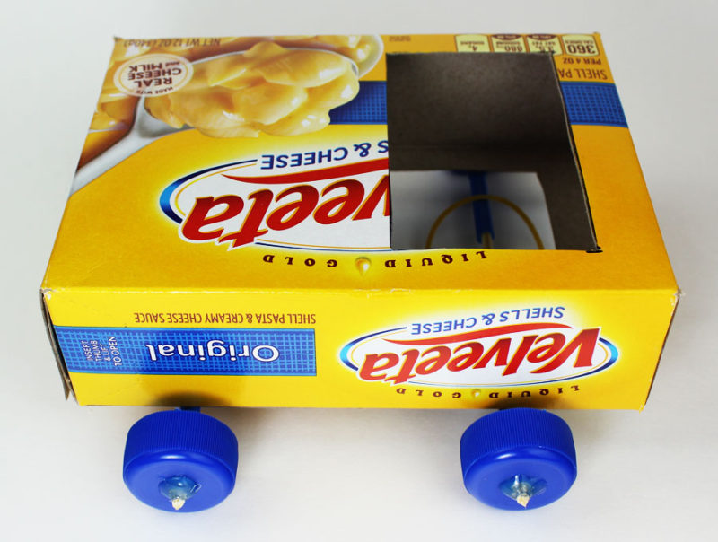 science makerspace project pulley car box