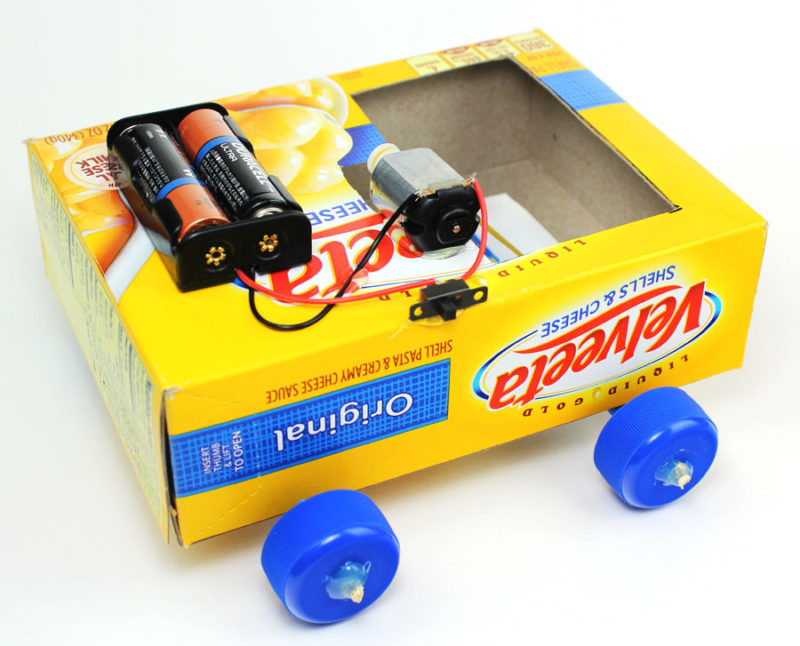 science makerspace project pulley car