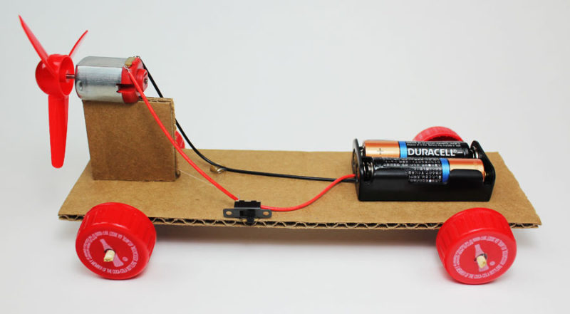 simple electric propeller car