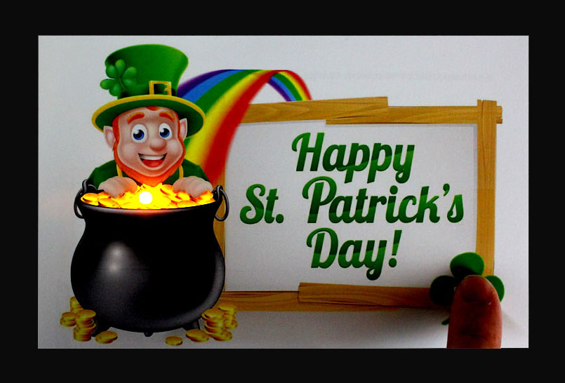 St Patricks Day Light Up Card